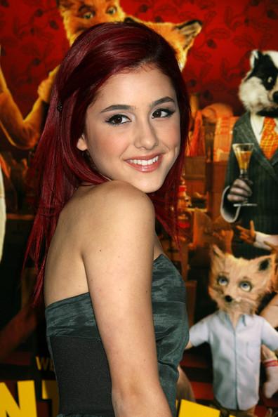 http://celebritycellphonenumber.com/wp-content/uploads/2010/08/Ariana-Grande.jpg