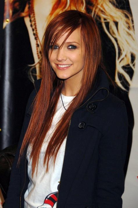 ashlee simpson wentz short hair. pretty red hair ashlee