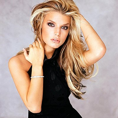 blonde hairstyles with dark underneath. jessica simpson hairstyles 2009