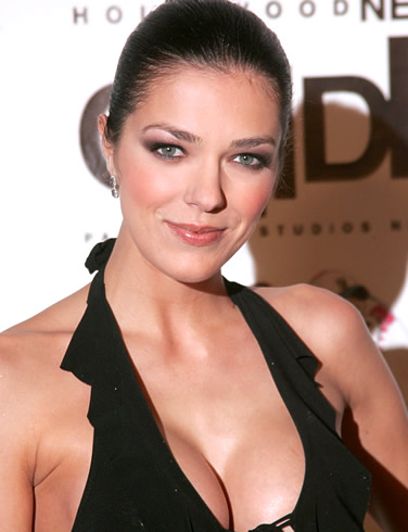 adrianne curry's phone number «adrianne curry twitter, facebook